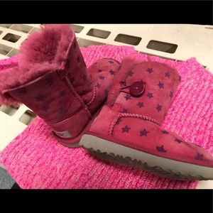 Ugg Girls Toddler Sz 8 Bailey Button Boots